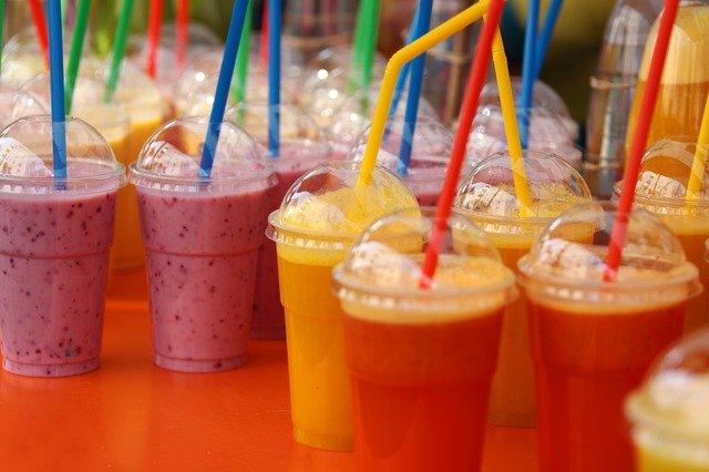 čerstvé ovocné smoothie