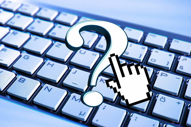 klávesnice s otazníkem